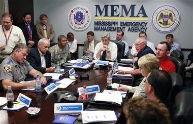 Gov Phil Bryant during a meeting at MEMA.