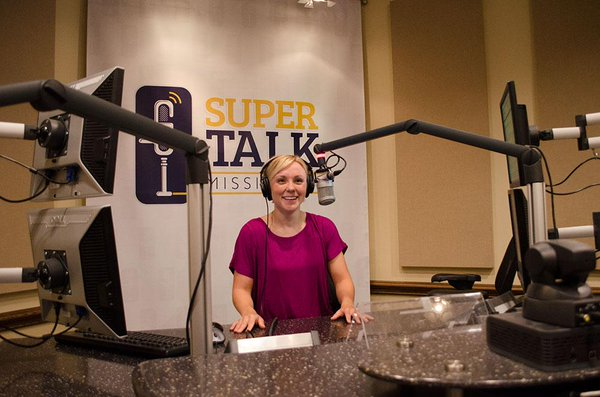 Rebecca Turner talks about Eating Healthy on The JT Show