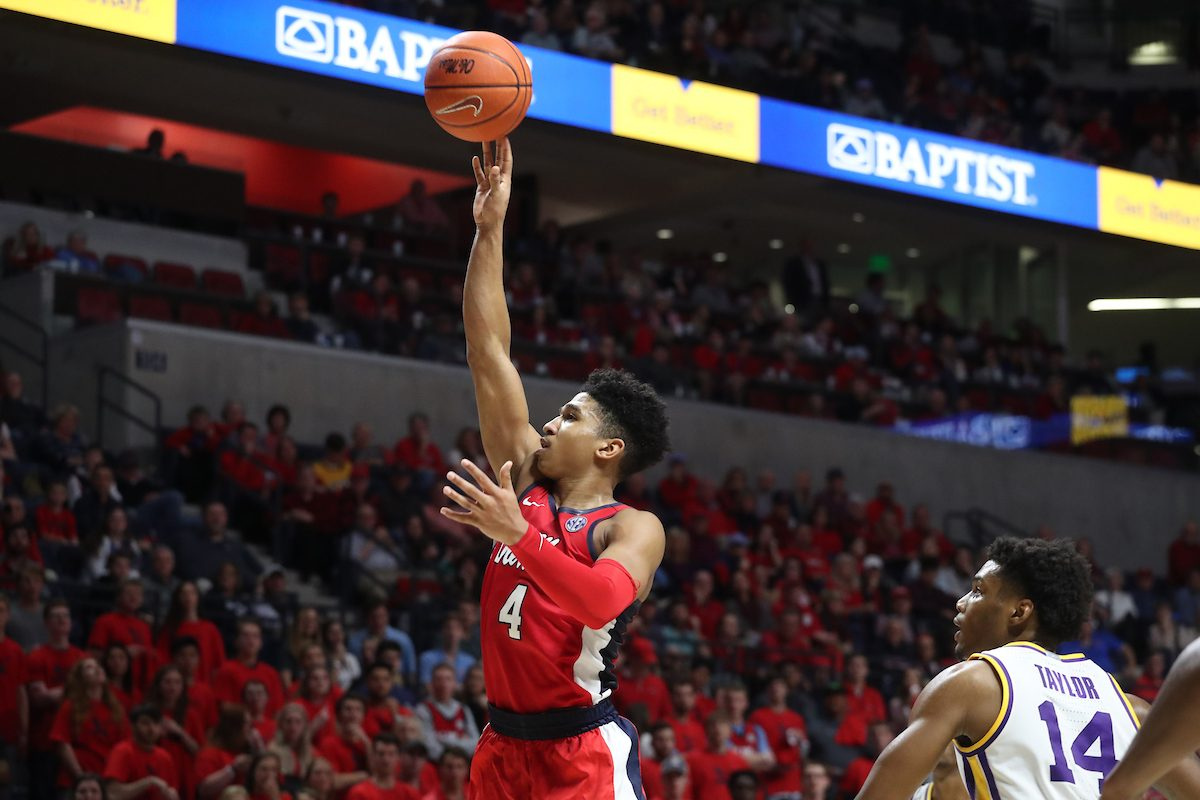 Rebels can't hold late lead, drop fifth straight in 80-76 loss to LSU