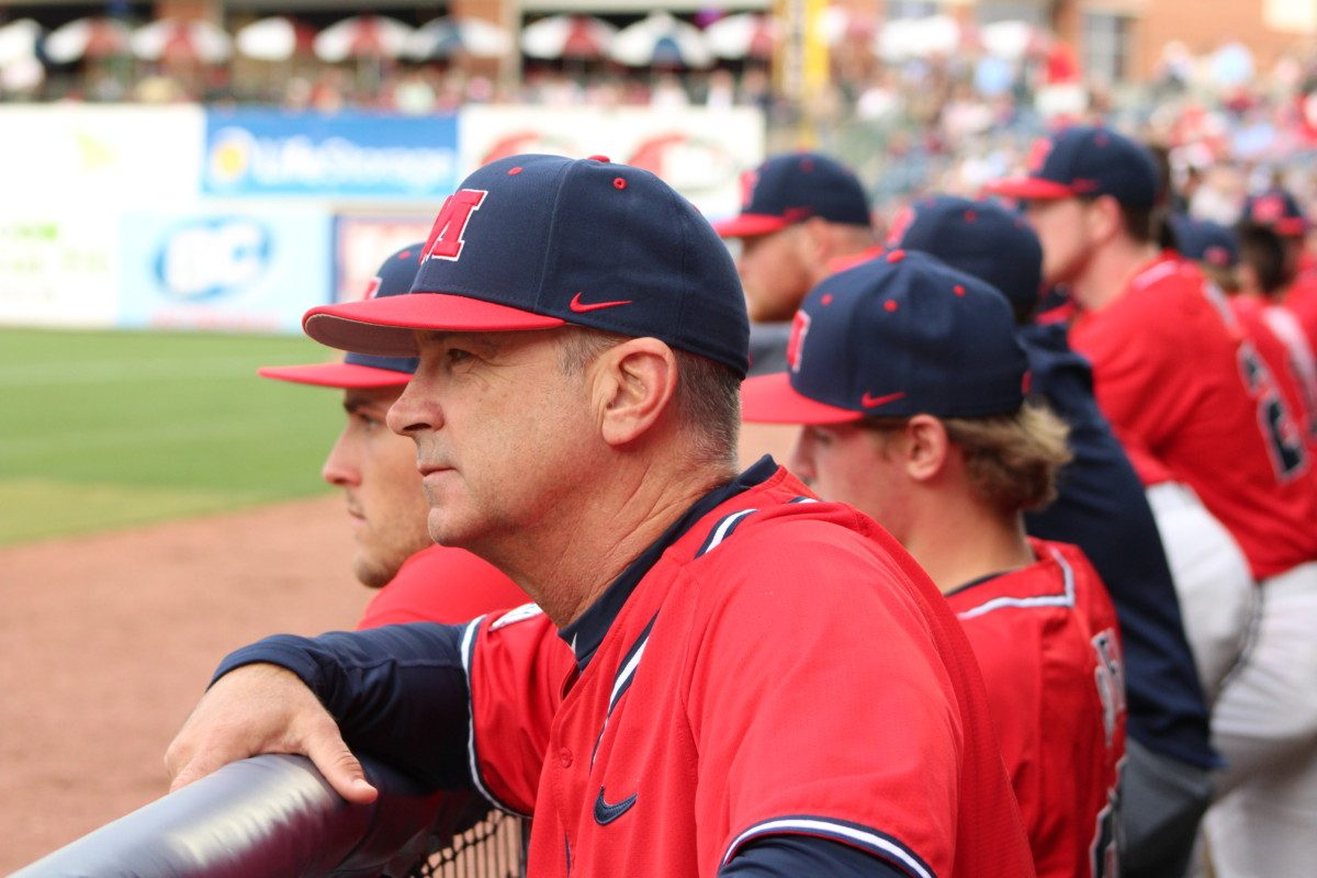 Ole Miss inks Mike Bianco to 4-year extension