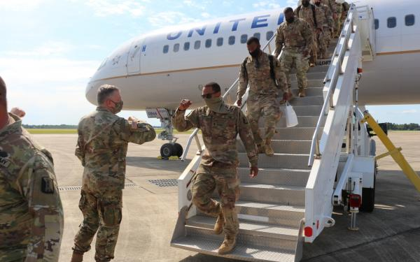 Major General Boyles welcomes 400 guardsmen home